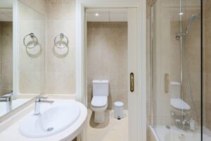 La Envia Almeria Aprtments Bathroom