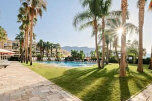 Hotel La Envia Outdoor Pool & Garden